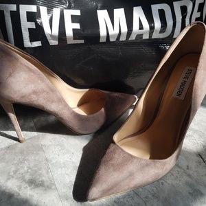 Steve Madden Dasie LT Grey Suede Pumps